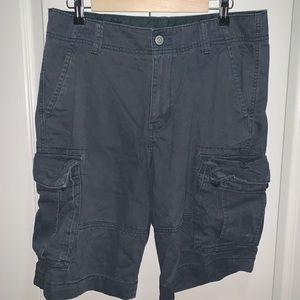 Old Navy Cargo Shorts 32